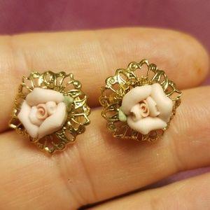 Minimalist vintage clip flower earrings PM 719